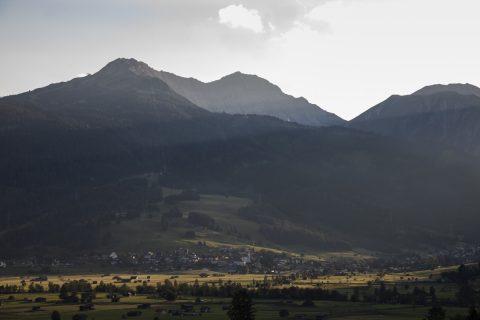 Blick auf Lermoos und die Gartner Wand (2.377m)
