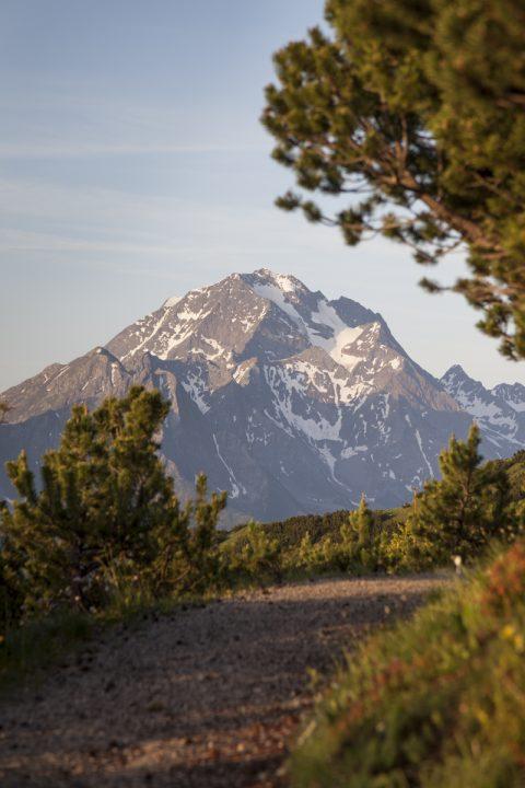 Blick von der Wanderroute zum Habicht (3.277m)