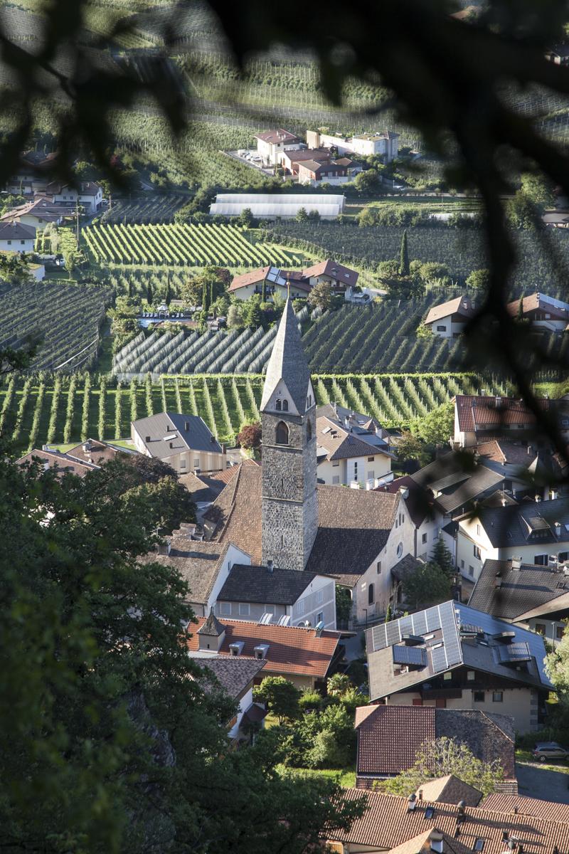 Blick auf die Kirche von Plars