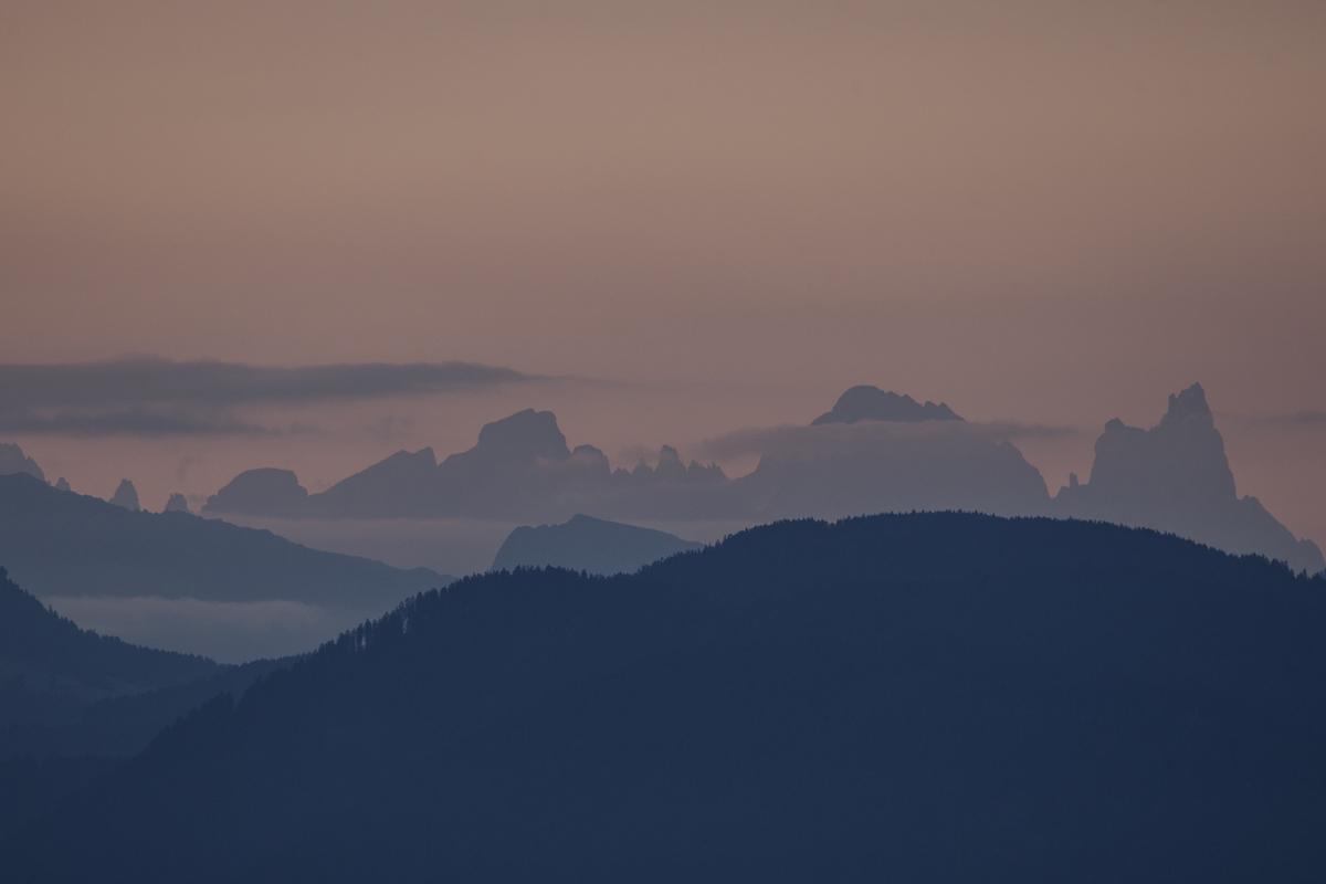 Blick von Jenesien zu den Dolomiten
