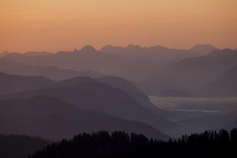 Blick vom Wank Richtung Mangfallgebirge und Karwendel